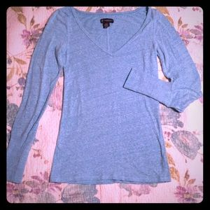 Long-sleeved Feathered Blue Shirt